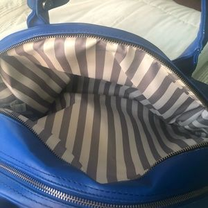 lululemon athletica Bags - Lululemon Overnight Yoga Bag